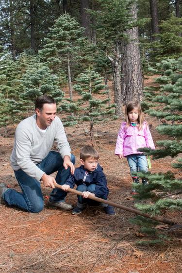 Justin+kids+cutting